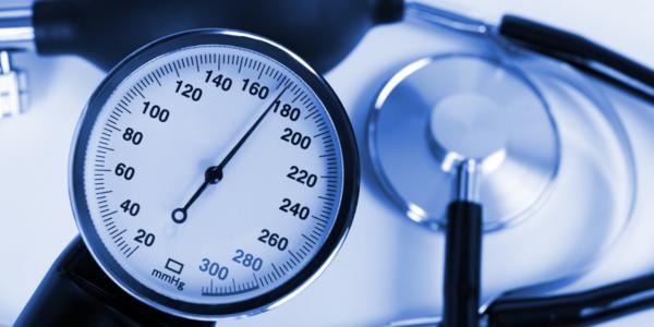 Гипертония 3 степени риск 3 (4): симптомы и лечение артериальной гипертонии 3 стадии