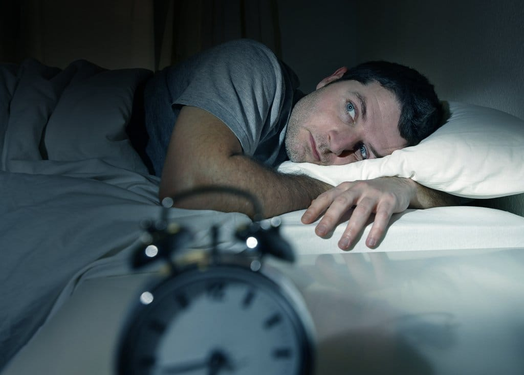 Почему ночью поднимается артериальное давление: лечение, причины
